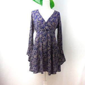 Esley Navy dress with lovely sleeves.